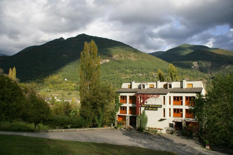 [Oferta de empleo] Personal de sala para hotel en el Pirineo