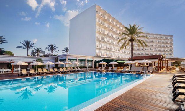 OFERTA DE EMPLEO: Maître Hotel S'Algar 4* Menorca