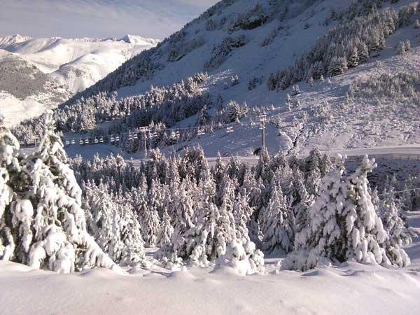 [Empleo] Abiertos los procesos de selección de ARAMÓN para la temporada de esquí