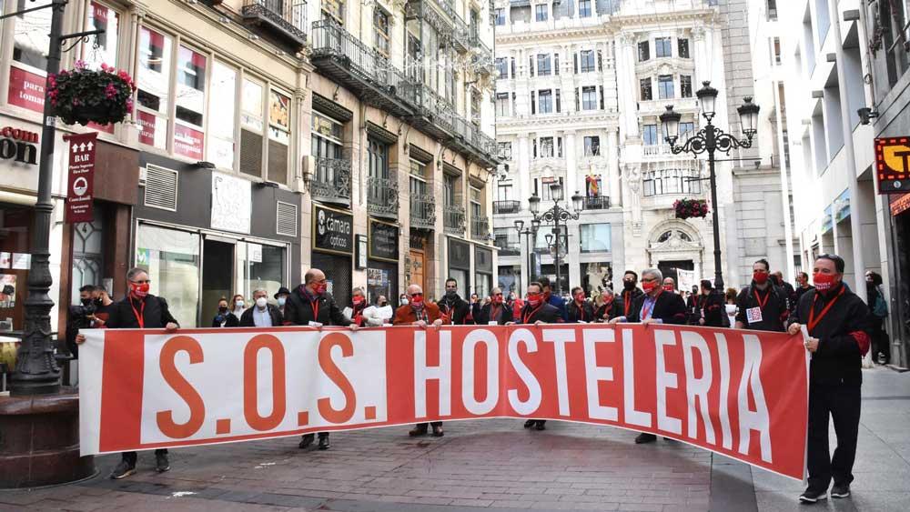 03/11/20 – MANIFESTACIÓN SOS HOSTELERÍA EN HUESCA