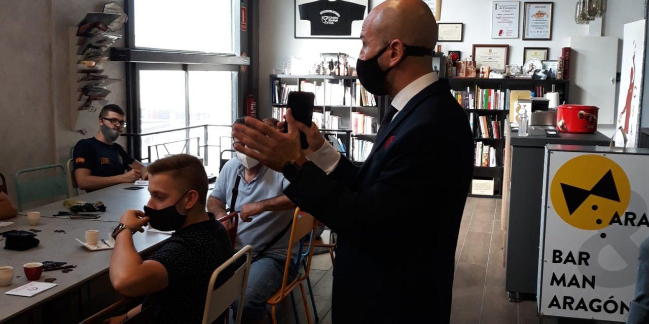 MasterClass por Luís Ibáñez, Formador barista en Cafés el tostadero por el xx aniversario asociación de maîtres y barmans de aragón.